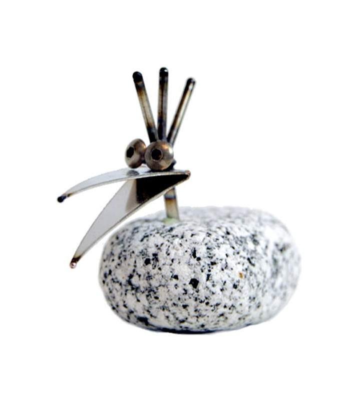 Steinvogel Küken ca.10cm hoch aus Granit und Edelstahl